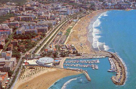 Costa dorada travel guide holidays in costa dorada - Sitges tourist information office ...